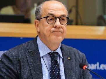 De Castro: con farm to fork esportiamo standard produttivi UE